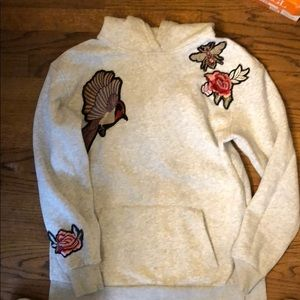 H&m grey  hoodie sweatshirt flower bird bee s nwot
